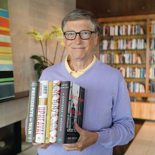 """COVID-19 terminará en 2021 """"para los ricos"""": Bill Gates"""