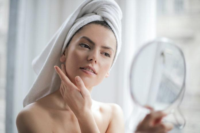 9 pasos para exfoliar tu piel sin lastimarla