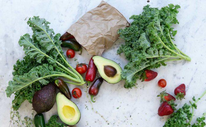 Kale, la col rizada que no puede faltar en tu dieta