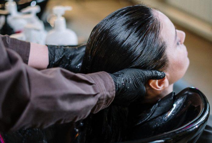 Shampo en seco: el mejor remedio para no lavar el cabello a diario