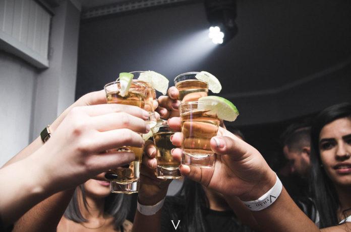 3 formas tradicionales para tomar tequila