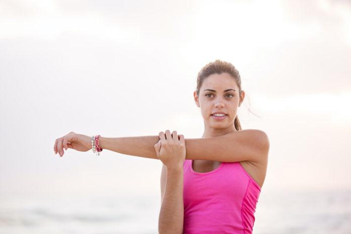 7 tips para hacer estiramientos antes de entrenar