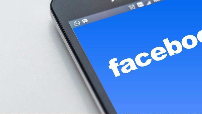 Ex empleada de Facebook revela cómo manipulan información injustamente