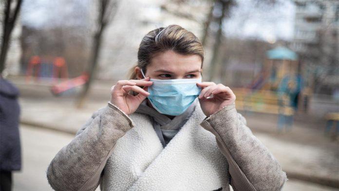 Niebla cerebral y daño en pulmones, el riesgo de los pacientes asintomáticos