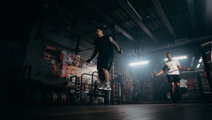 Saltar la cuerda, el ejercicio que le hace falta a tu rutina