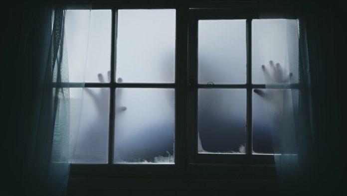 terror ventana