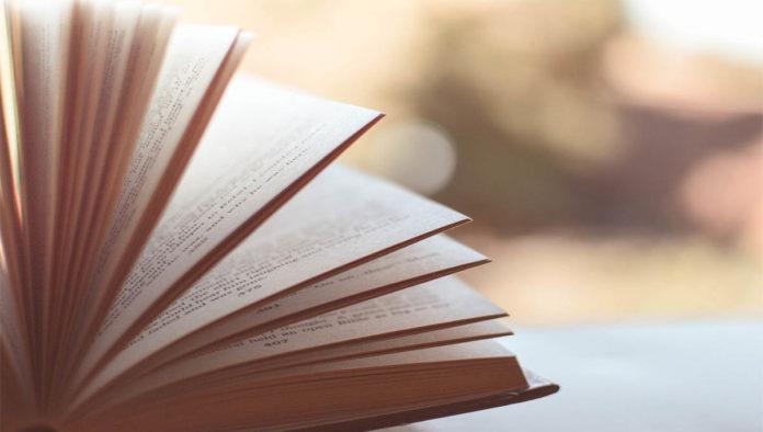 Si no llevas mascarilla en Turquía, te harán leer 10 libros
