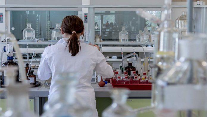 UNAM podría tener vacuna contra COVID-19 a mediados de año