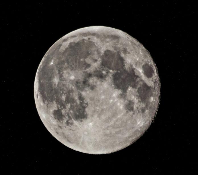 Dos Lunas Llenas en octubre, ¿por qué ocurren?