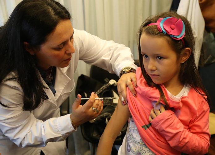 Poliomielitis baja tasa de vacunación pone en riesgo a niños mexicanos