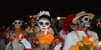 Municipios suspenden celebraciones de Día de Muertos