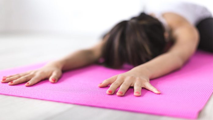 3 ejercicios de relajación para antes de dormir