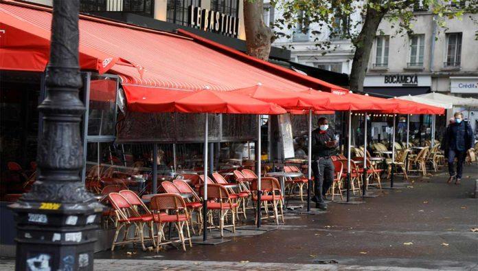París se apaga: Francia declara estado de emergencia por COVID-19