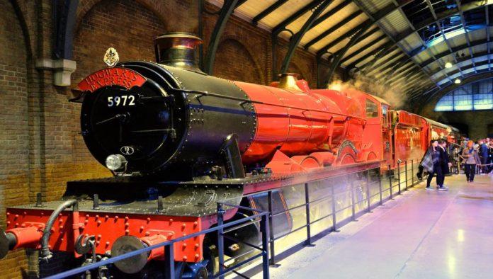 El tren de Hogwarts Express decepciona fanáticos