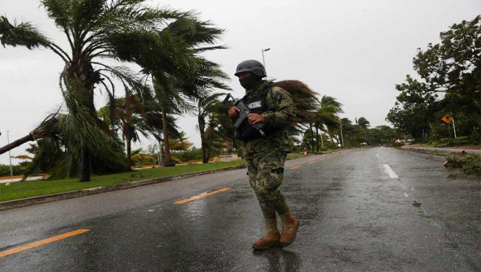 Huracán Delta golpea Puerto Morelos como categoría 2
