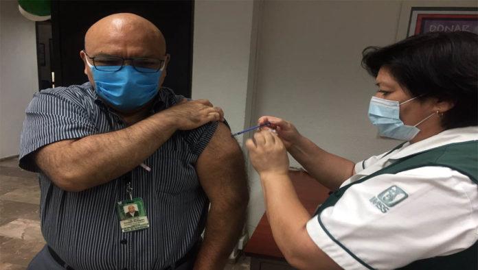 ¿Cómo diferenciar entre la influenza y el COVID-19?