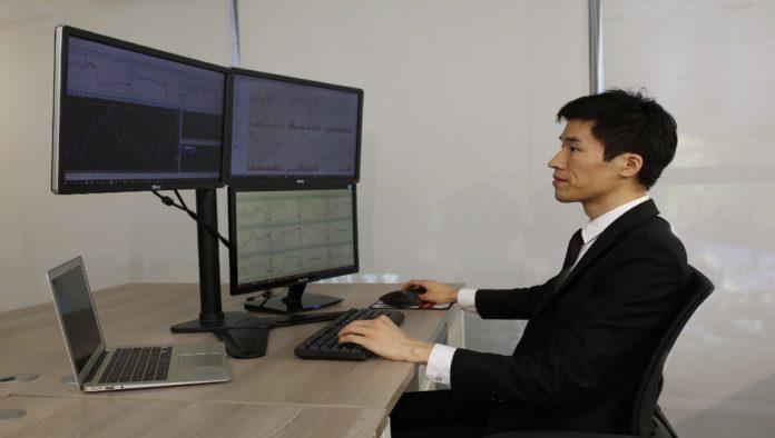 El exceso de pantallas afectaría la salud de tus ojos