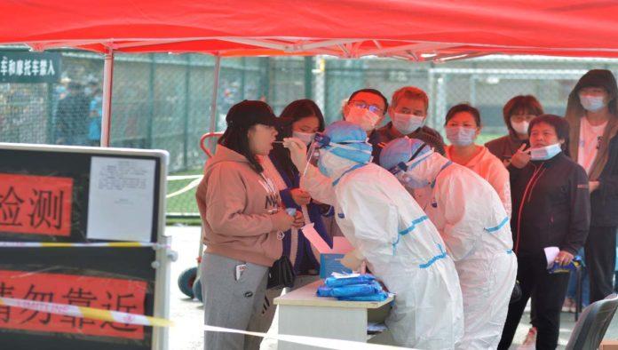 Ciudad china aplicará pruebas a toda su población por rebrote de COVID-19