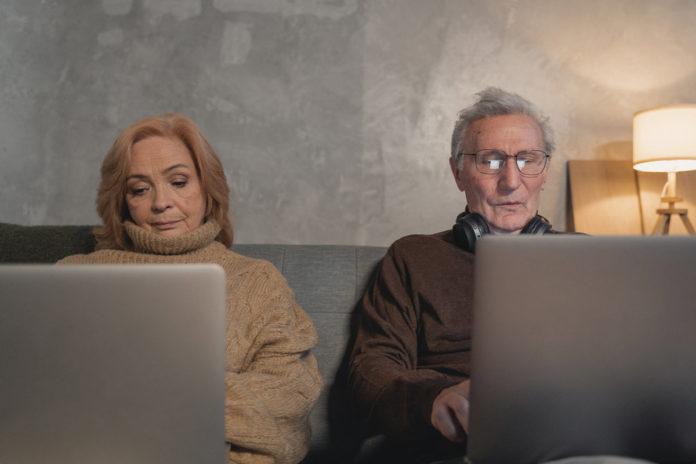 Adultos Mayores Confinamiento