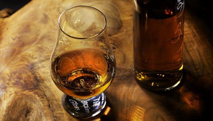 Botellas de whisky