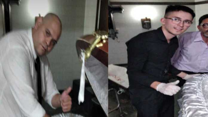 Despiden a 3 empleados que se tomaron fotos con el cuerpo de Maradona