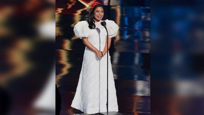 Yalitza Aparicio habla sobre ser conductora de los Latin Grammys