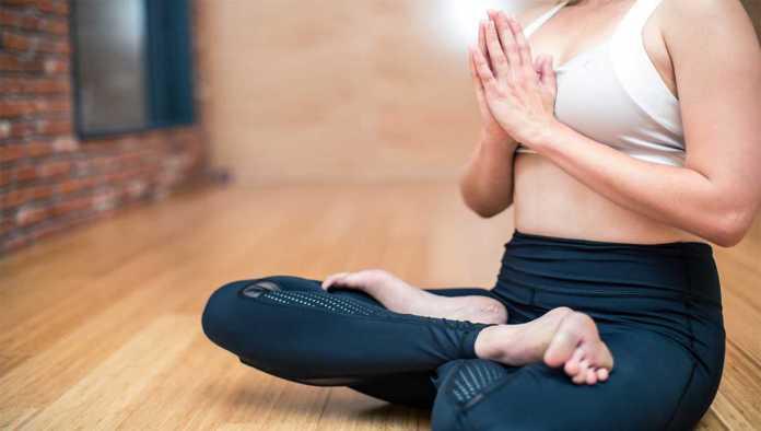 Posición de yoga para principiantes