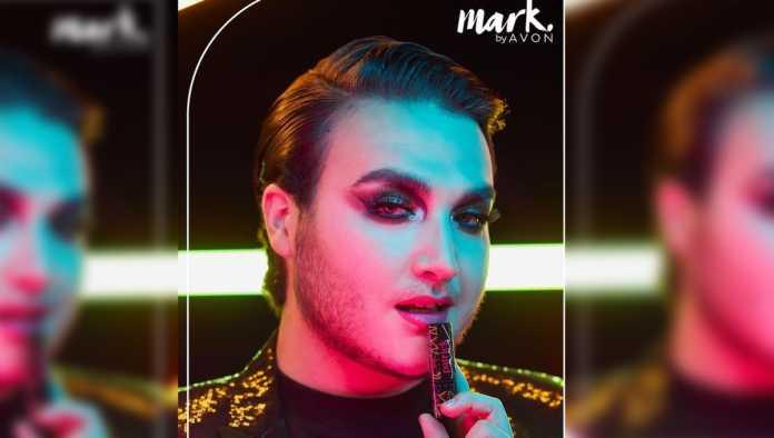 Avon lanza línea de labiales con Patrick Mua para la comunidad LGBT+