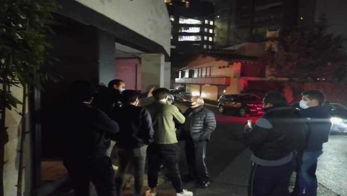 """""""Es propiedad privada"""": vecinos de Cuajimalpa se niegan a terminar fiesta"""