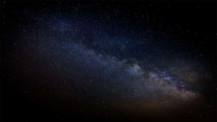 Cada 440 millones de años la Vía Láctea hace 'la ola'