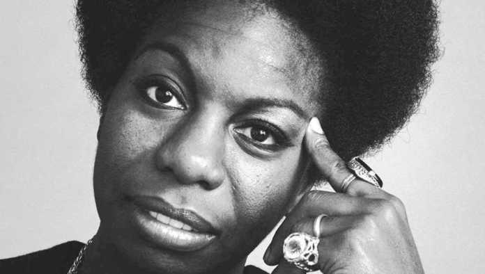 Nina Simone, compositora, pianista, cantante y activista