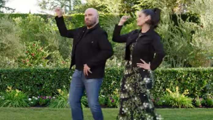 John Travolta recrea el icónico baile de