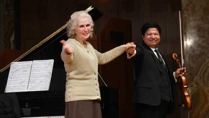 Pianista Luz María Puente