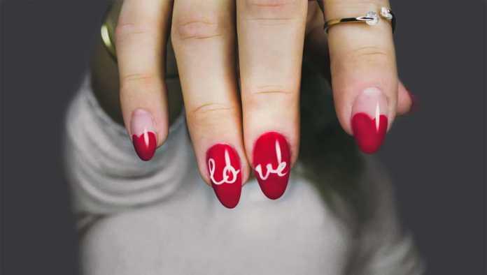 Ideas románticas de nail art para festejar el 14 de febrero