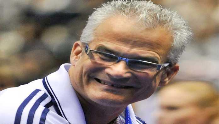 Se suicida John Geddert, entrenador olímpico de gimnasia imputado por abuso sexual