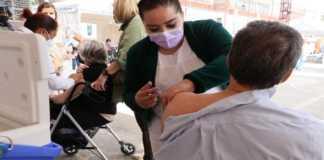 Módulo de vacunación en la CDMX