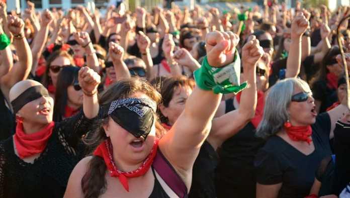 Prohíben marchas por Día Internacional de la Mujer en Madrid ante pandemia