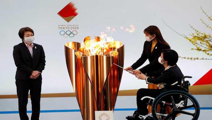 Encendido de la antorcha olímpica de Tokio 2020
