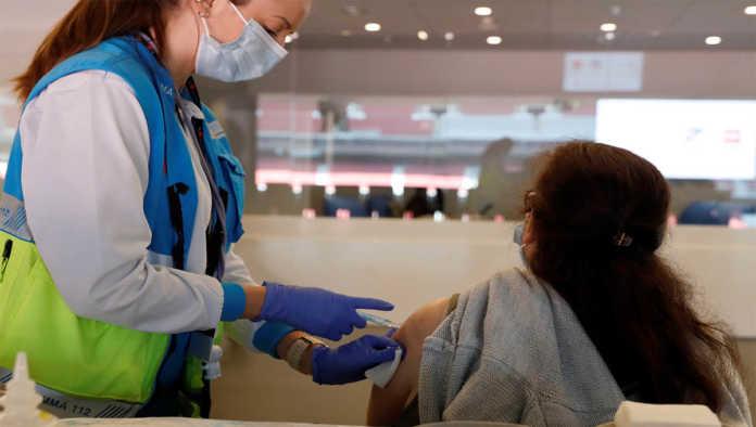 Aplicación de vacuna contra Covid-19