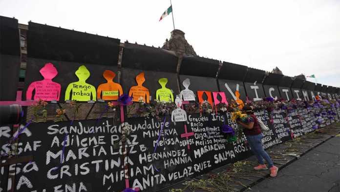 Memorial contra la violencia de género en México