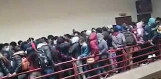 Asamblea de estudiantes en universidad de Bolivia