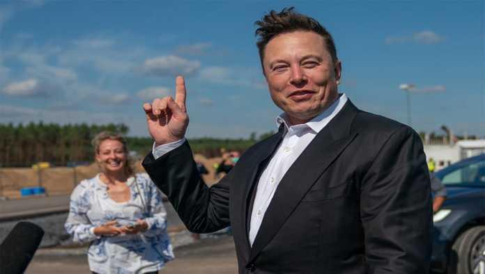 Elon Musk dueño de Tesla