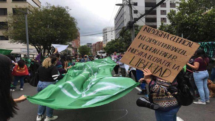 Protesta por la despenalización del aborto en Ecuador