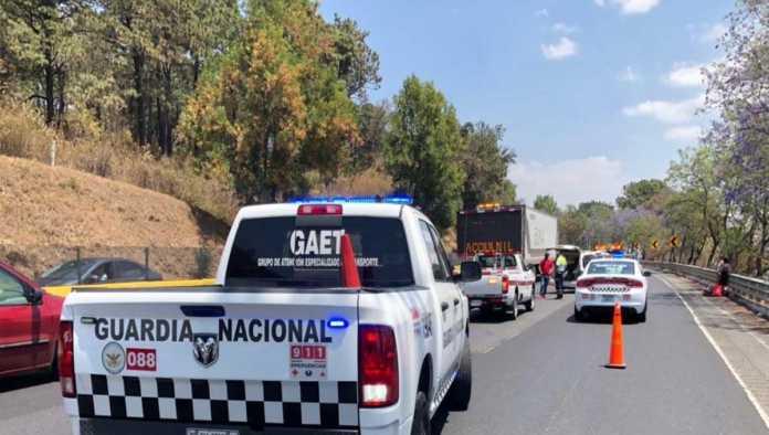 ¿Y la pandemia? La México-Cuernavaca a vuelta de rueda por Viernes Santo