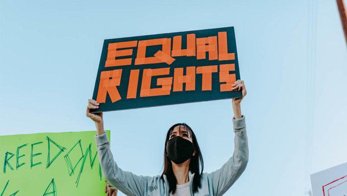 Protesta de simpatizantes del feminismo liberal