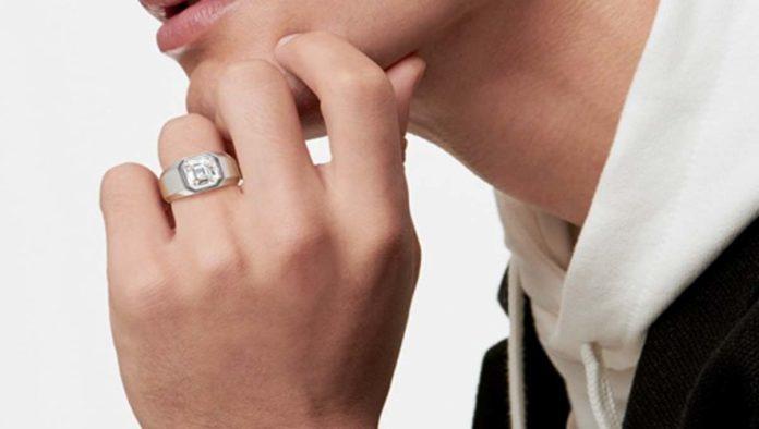 Anillo de compromiso para hombre de Tiffany & Co