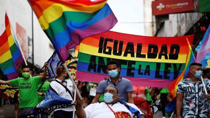 Marcha por el Día Internacional contra la homofobia
