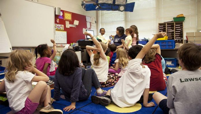 Escuela donde no se usa el lenguaje inclusivo