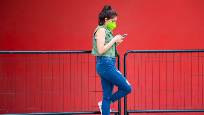 Pandemia invisibilizó a las mujeres, advierten expertas