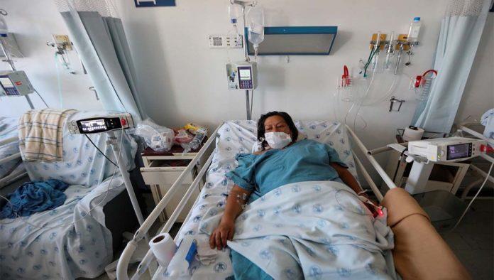 Mujer hospitalizada